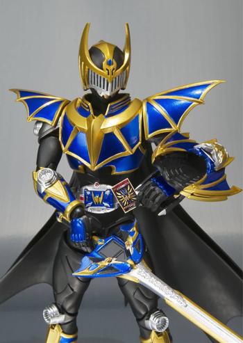 Kamen Rider Ryuki: Wing Knight Survive Action Figure (S.H. Figuarts) (Dragon Knight) (Figures) 2